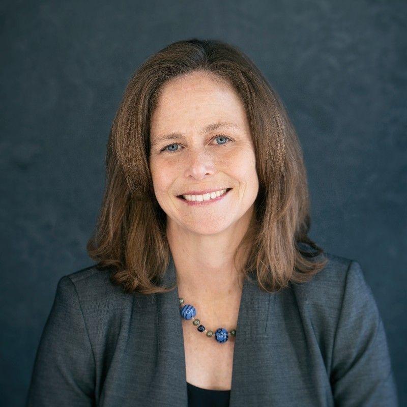 Dr Beth Dunford
